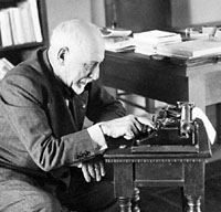 Writer Luigi Pirandello - Famous People of Italy